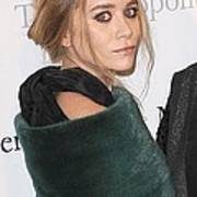 Ashley Olsen At Arrivals For The Poster