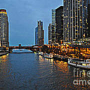 Chicago River At Twilight Poster
