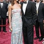 George Clooney, Sarah Larson Wearing Poster