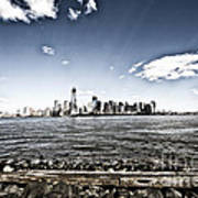 Manhattan Poster by Leslie Leda