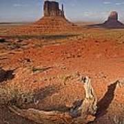 Monument Valley, Kayenta, Arizona, Usa Poster