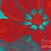 Petaline - T23b2 Poster
