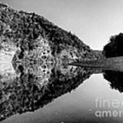 Round The Bend Buffalo River In Black And White Poster