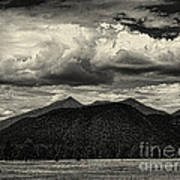 San Francisco Peaks In Black And White Poster