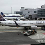 United Airlines At Foggy Sfo International Airport . 5d16937 Poster