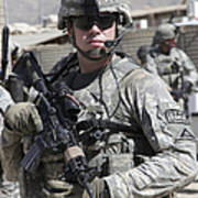 U.s. Army Soldier Conducts A Combat Poster