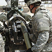 U.s. Army Soldier Loads A 105mm Poster