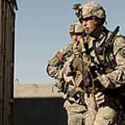 U.s. Army Soldiers Search A Site Poster