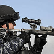 U.s. Navy Chief Uses An La9p Nonlethal Poster