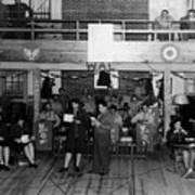 Uso Show May 5 1944 Black White 1940s Archive Poster
