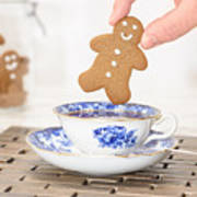 Gingerbread In Teacup Poster