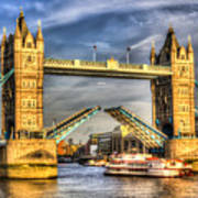 Tower Bridge And The Dixie Queen Poster