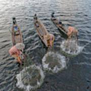 Fisherman Inle Lake - Myanmar Poster