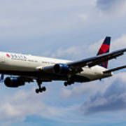 Delta Airlines Boeing 767 Poster