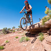 Mountain Biking The Porcupine Rim Trail Near Moab Poster