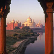 Taj Mahal At Sunrise Poster