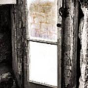 Narrow Prison Escape  Poster