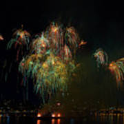 4th Of July Fireworks From The Barge Portland Oregon Poster