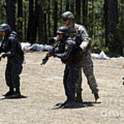 A Green Beret Instructs Tigres Trainees Poster