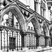 Arches Front Of The Royal Courts Of Justice London Poster