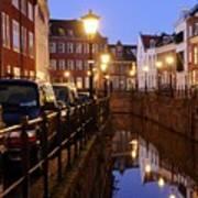 Canal Kromme Nieuwegracht In Utrecht In The Evening 15 Poster