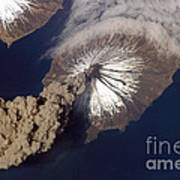 Cleveland Volcano, Iss Image Poster