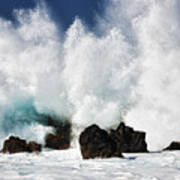 Crashing Waves At Laupahoehoe Point. Poster