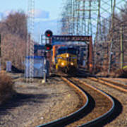 Csx Coming Towards Bound Brook Station Poster