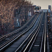 Cta Train Approaching Damen Avenue Station Chicago Illinois Poster