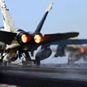 F 18 Hornet-aircraftcarriers Poster