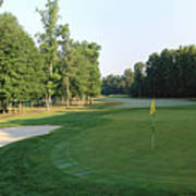 Fairway Hills - 4th - A Straight-in Par 4 Poster