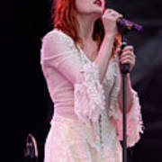 Florence Welch Singer Of Florence And The Machine Performing Live - 002 Poster