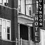 Glyndon Hotel Poster