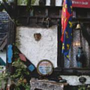 Gypsy Hut Poster