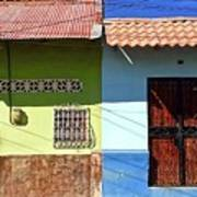 Houses On Street In Leon, Nicaragua Poster