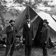 Lincoln With Allan Pinkerton - Battle Of Antietam - 1862 Poster