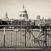 London Thames 1 Poster