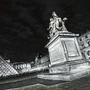 Louvre Museum 7 Art Bw Poster