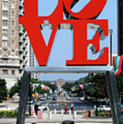 Love Sculpture In Philadelphia Poster by Carl Purcell