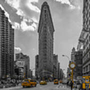 New York - Flatiron Building And Yellow Cabs - 2 Poster