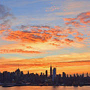New York Skyline Sunrise Clouds And Color Poster