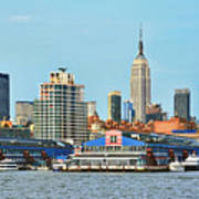 Ny Skyline And Chelsea Piers Poster