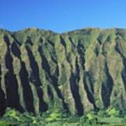 Oahu Rugged And Lush Poster