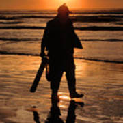 Razor Clam Hunter Poster