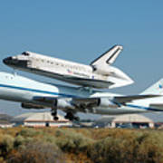 Space Shuttle Discovery Departs Edwards Afb August 19 2005 Poster