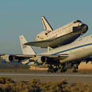 Space Shuttle Endeavour Departs Edwards Afb December 10 2008 Poster