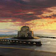 Sunrise At Vista House On Crown Point Poster