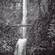 The Bridge At Multnomah Falls In Black And White Poster