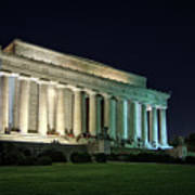 The Lincoln Memorial At Night Poster