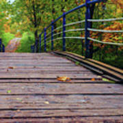 the old bridge over the river invites for a leisurely stroll in the autumn Park Poster